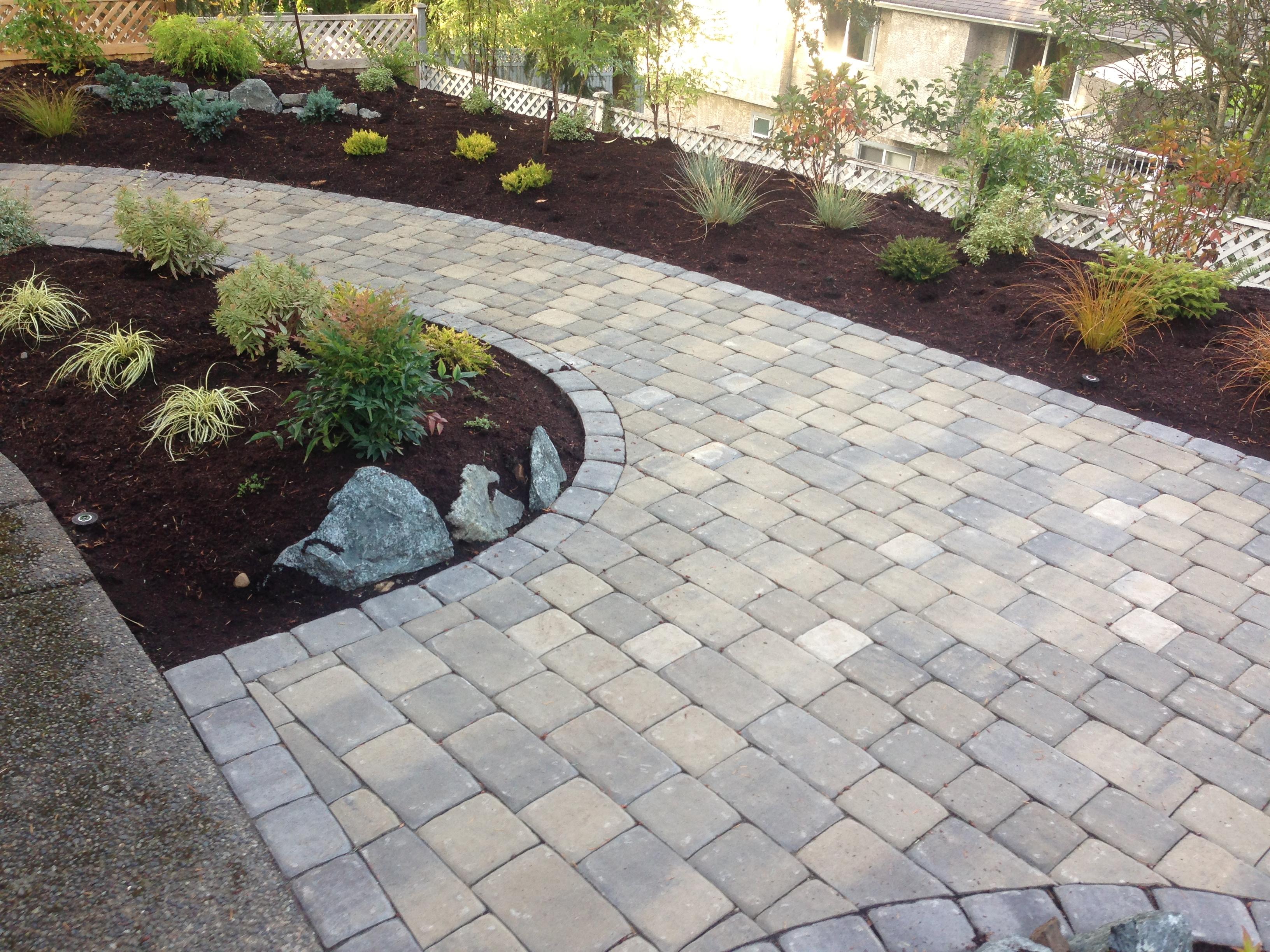 interlocking-brick-patio-back.jpg